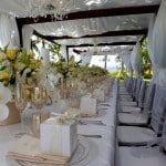 Table jaune et blanche