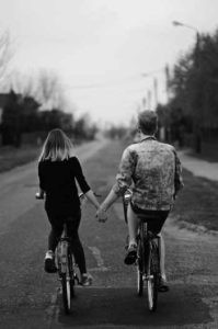 Faire des promenade en couple